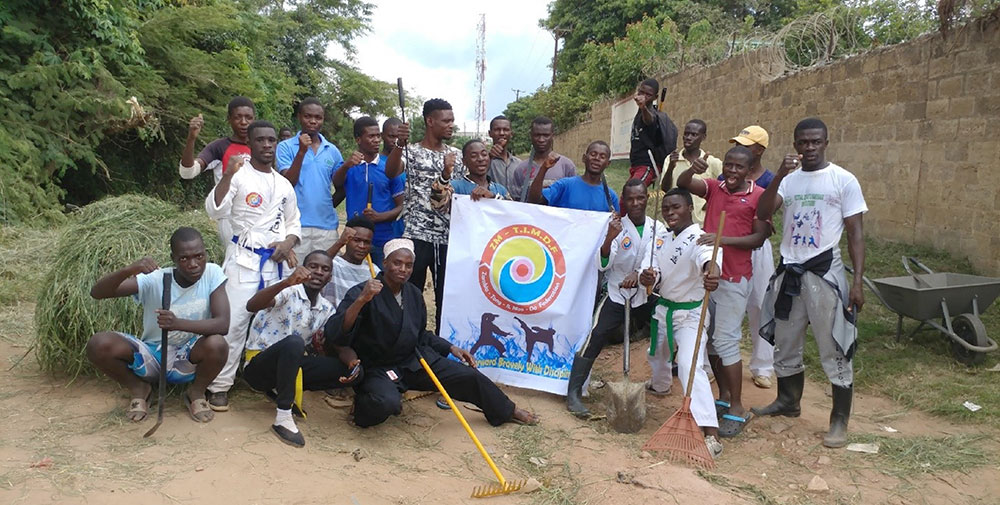 Zambia: Youth Cleaning Service